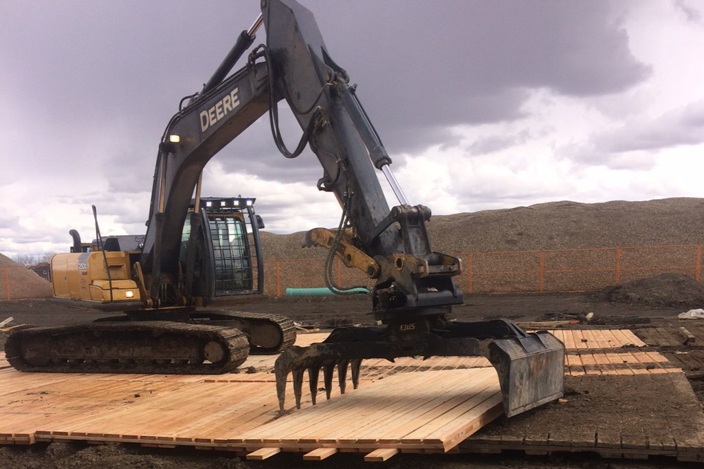 Mats | Bridge Construction & Mat Rental - Great Northern Bridgeworks